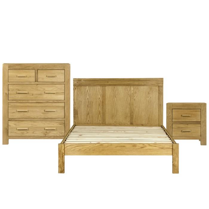 atlantic kingsize bed bedroom set in solid light oak furniture123. Black Bedroom Furniture Sets. Home Design Ideas