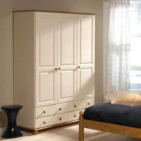 Grade a2 steens richmond cream 3 door 4 drawer wardrobe for Furniture 123 code