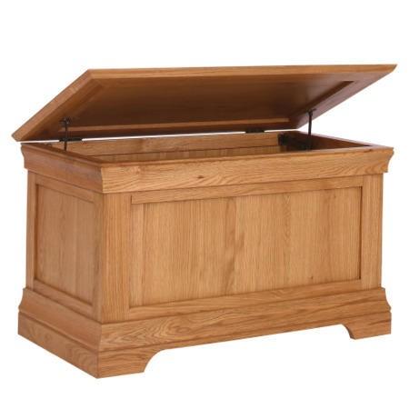 Loire oak farmhouse blanket box furniture123 for Furniture 123