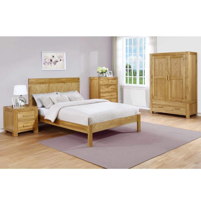 atlantic solid light oak wide chest of drawers furniture123. Black Bedroom Furniture Sets. Home Design Ideas