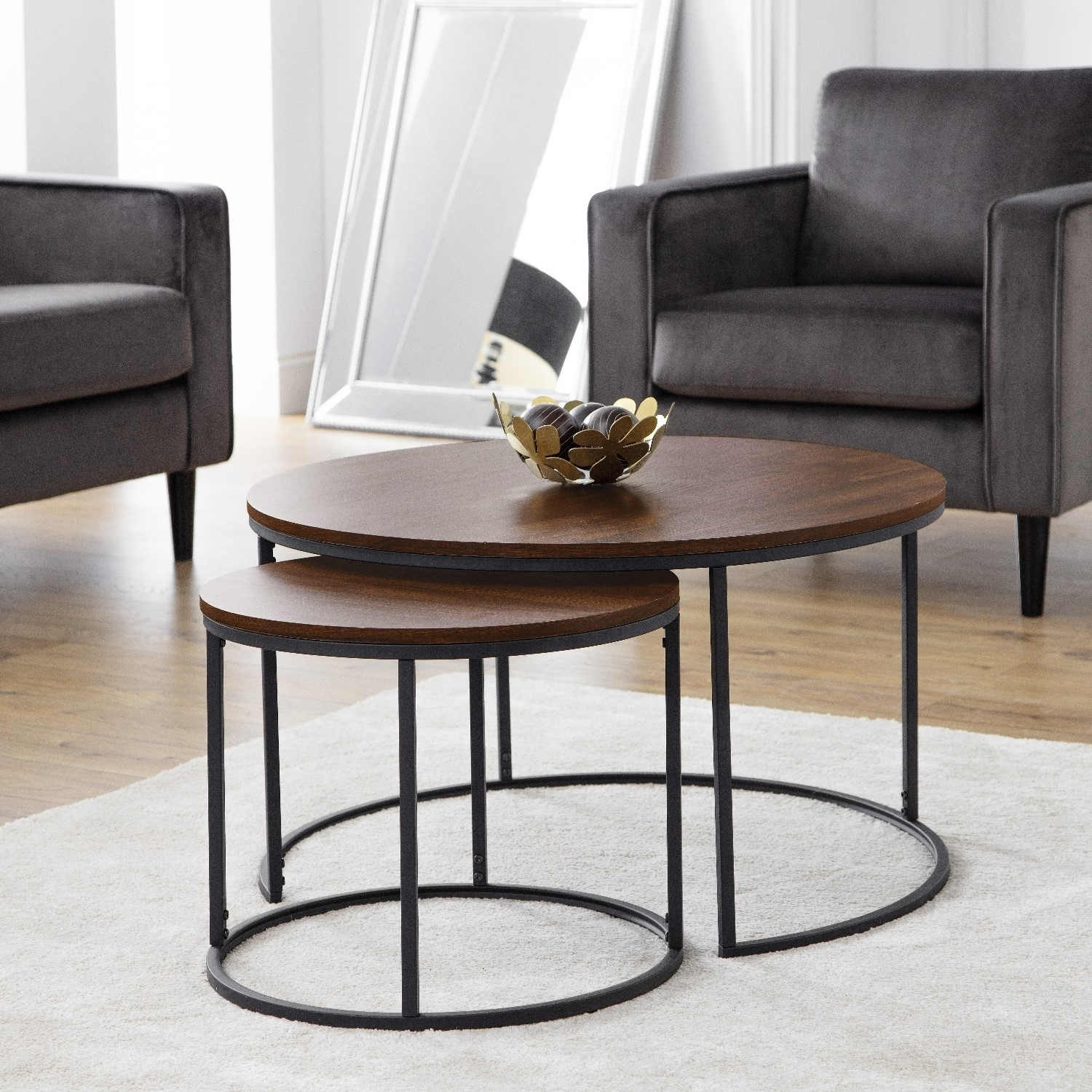 Picture of: Round Dark Wood Nest Of Coffee Tables With Black Metal Base Julian Bowen Bellini Furniture123