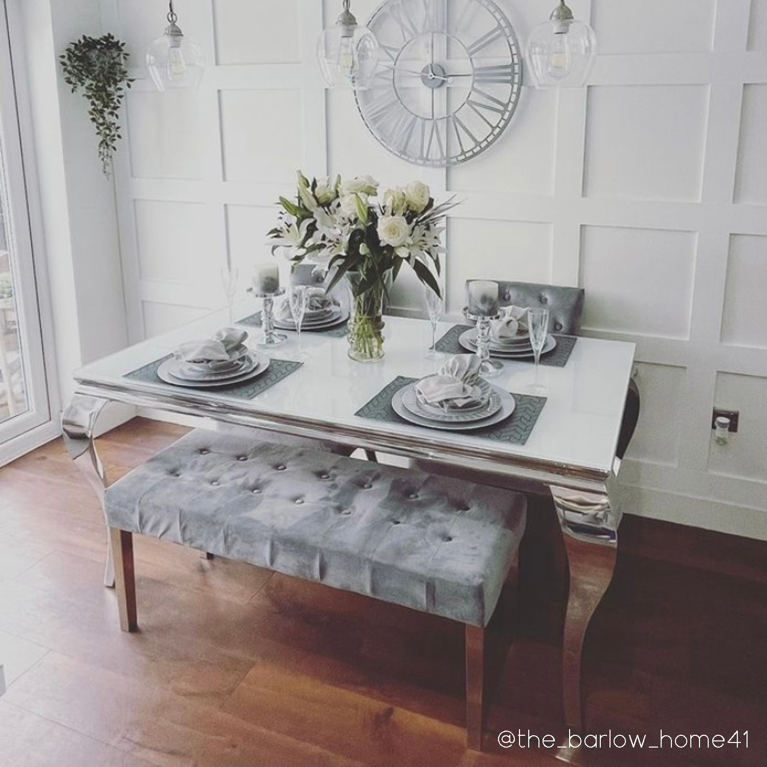White Table 2 Grey Velvet Chairs And, Grey And White Dining Room Table With Bench