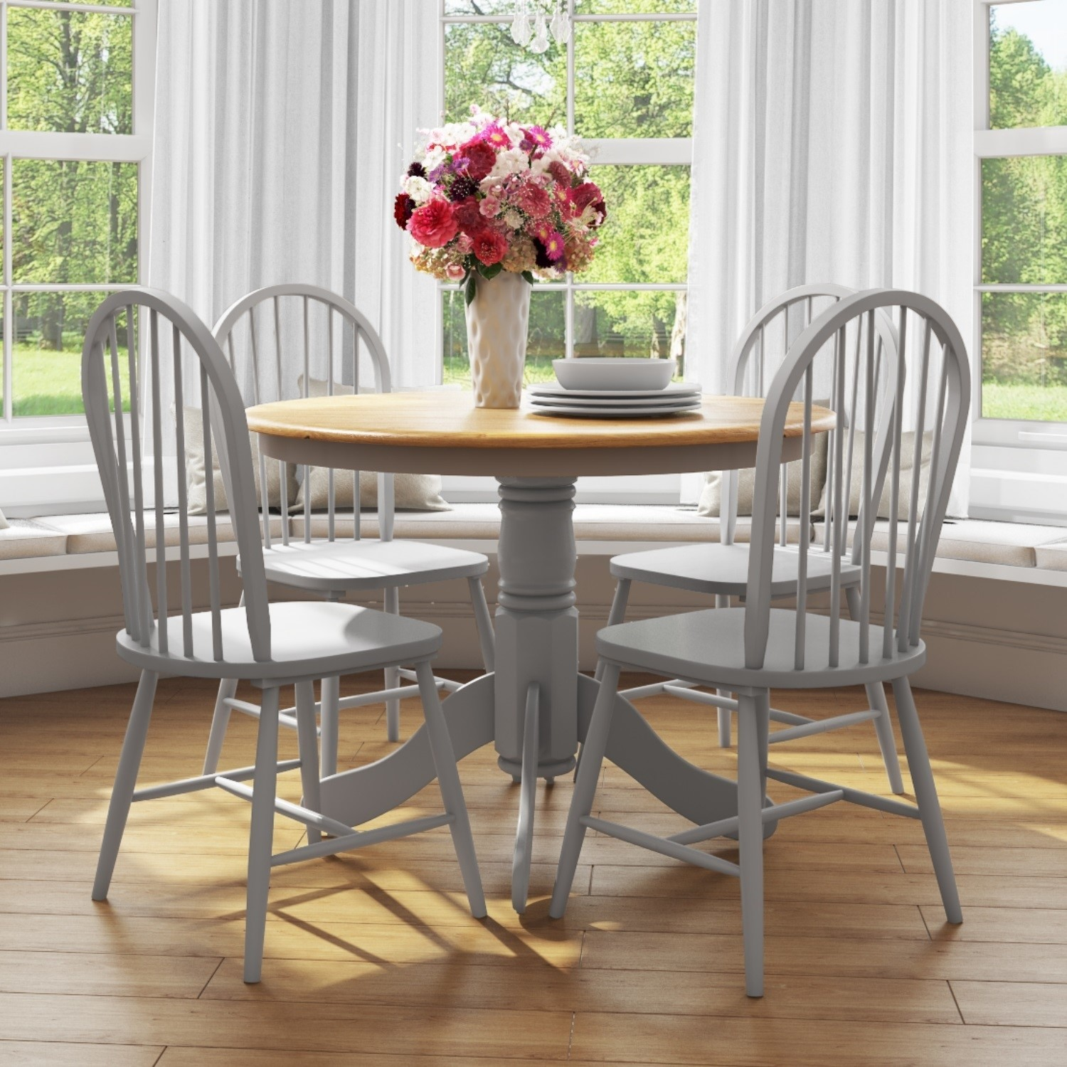Round Dining Table with 4 Chairs in & Grey with Oak Finish -