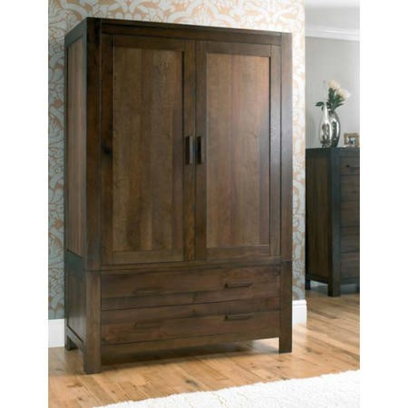 Bentley designs lyon walnut large double wardrobe for Furniture 123 wardrobes