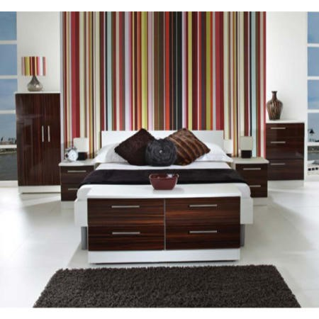 Hatherley High Gloss 5 Piece Bedroom Set In White And