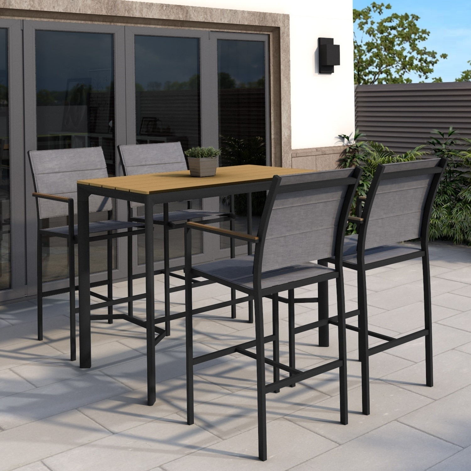 Picture of: Black Outdoor Bar Set With 4 Bar Stools Como Furniture123