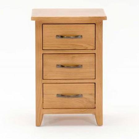 Wilkinson furniture klara 3 drawer bedside table in oak for Furniture 123