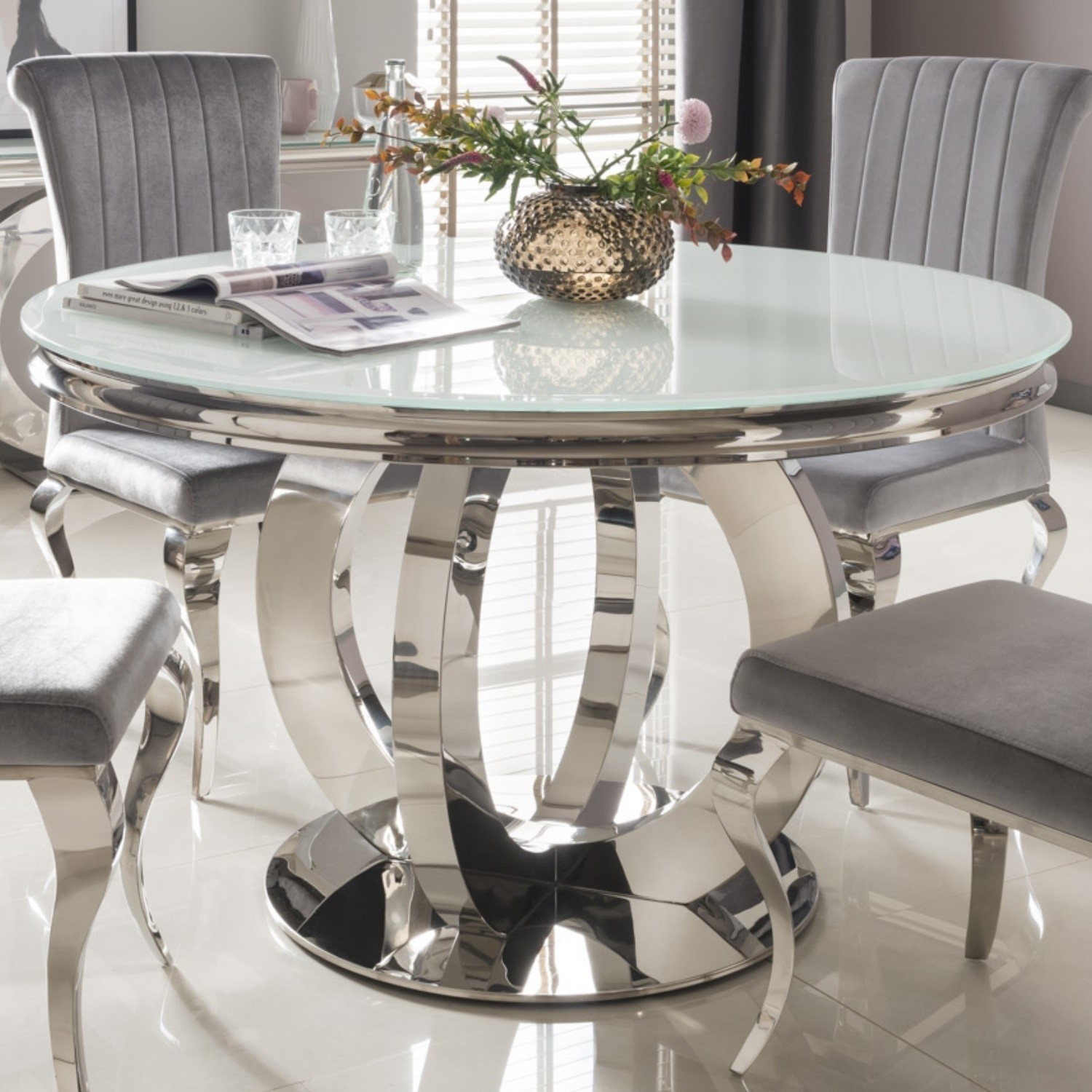 Picture of: Orion Mirrored Round Dining Table With White Glass Top Vida Living Furniture123
