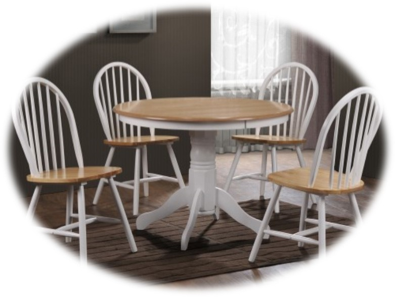 Rhode Island Solid Wood Round Dining Set With 4 Chairs