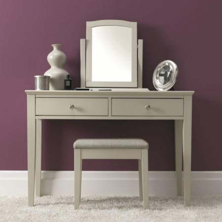 7900-90 Ashby dressing table