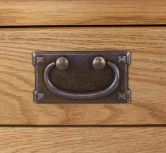 saxon tv unit handle