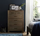 Brown Oak Chest of Drawers.