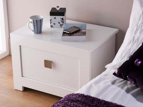 Bari bedside table