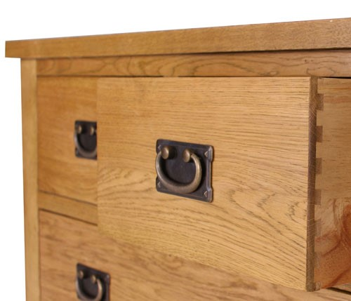 Saxon Drawer